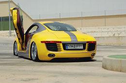 Après le BMW R8, le TT R8...