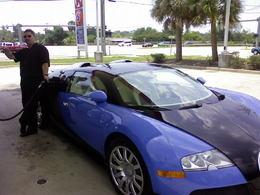 Sans surprise : la Toyota Prius voiture la plus sobre des USA, la Bugatti Veyron, un peu moins ...