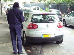 Contester une amende de stationnement par Internet, c'est possible?