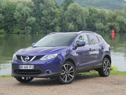 essais nissan qashqai 2 les tests du mod le qashqai 2. Black Bedroom Furniture Sets. Home Design Ideas