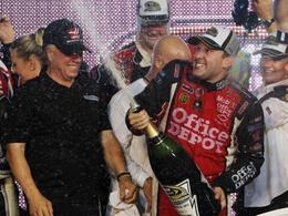 Nascar: Stewart remporte le titre après une sublime course !