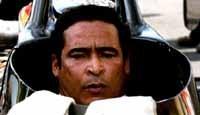 F1 : Lewis Hamilton premier pilote noir ? non