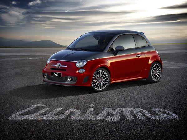 Salon de Bologne 2011 : Abarth 595 Turismo & Competizione et 695 Assetto Corsa