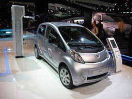 Le Prix allemand Volant Vert 2010 remis à la Peugeot iOn électrique