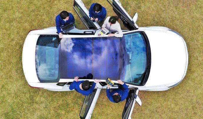 Les Kia et Hyundai bientôt dotées de panneaux solaires