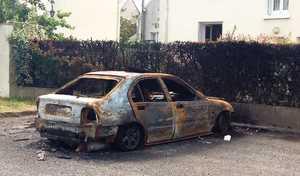 14juillet: le nombre de voitures brûlées en hausse