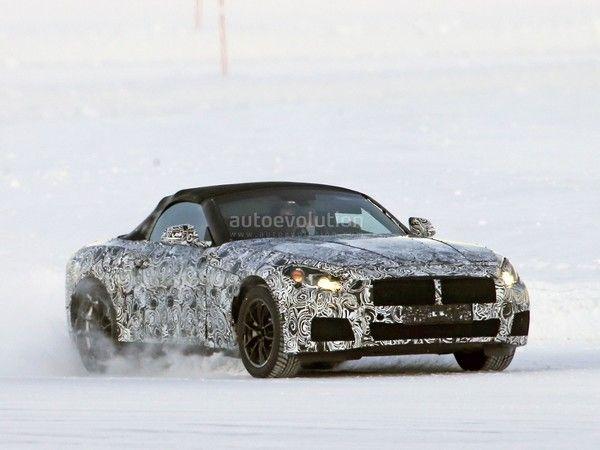 Scoop : la BMW Z5 en glisse sur la neige