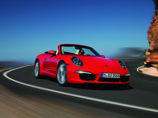 Porsche 911 (type 991) cabriolet : une toile en dur !