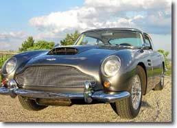 Une Aston Martin de      Robert Mitchum vendue      aux enchères