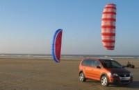 Ford Fusion Calero, Seat Altea Crossover et Volkswagen CrossTouran : tout-chemin attitude !