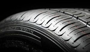 Oscaro vend désormais des pneus