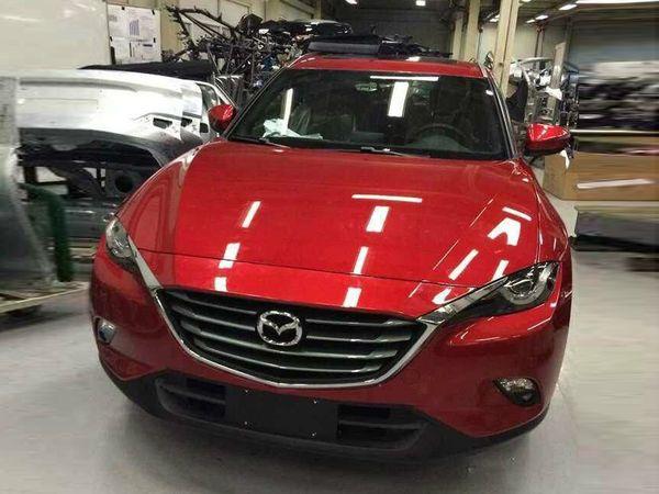Surprise : le Mazda CX-4 entièrement nu
