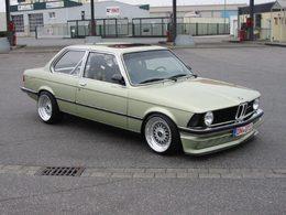 La BMW E21, une base méconnue