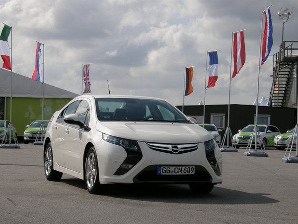 Opel Ampera : à partir de 37 900 €