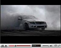 Pub Vidéo : Mercedes C63 AMG, fumer peut tuer (vos pneus)
