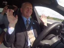 Audi invite le gouverneur de Floride à tester une A7 autonome ... qui tombe en panne 2 fois