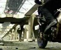 Vidéo moto : Aprilia Tuono 1000 R