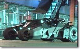 Batman, jamais sans sa Batmobile