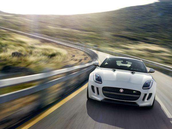 Jaguar F-Type: en transmission intégrale dès 2015!