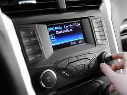 GM et Ford attaqués en justice parce que leurs autos peuvent servir à pirater de la musique