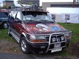 Saucisse du vendredi : Chrysler Voyager le rebelle (Lorenzo Lamas repreZent)