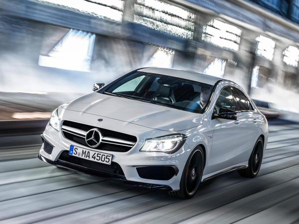 S7-Mercedes-CLA-45-AMG-les-premieres-photos-officielles-85405