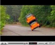 """Vidéo Fifth Gear : Smart """"4 places"""" vs Mitsubishi 'i', renversant !"""