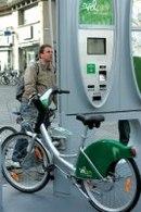 Vélam à Amiens : les vélos en libre-service démarrent bien !