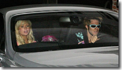 Paris Hilton largue Pâris  Latsis, et sa Ferrari avec !