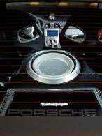 Une sono dans une Porsche GT3 RS : Sacrilège?