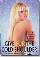 Pamela Anderson ne veut pas d'intérieur cuir dans sa Mercedes