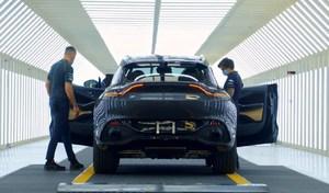 Aston Martin réduit la production et supprime 500 postes