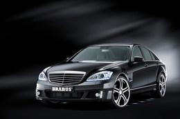 Francfort 2009 : Brabus SV12 R, 750 ch, 1350 Nm, 340 km/h