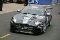Apex Motorsport: poursuivre malgé le drame