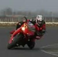 Vidéo moto : Ducati 1098, du bruit, du bruit!