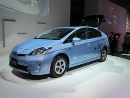 """Salon de Tokyo - De notre envoyé spécial - Toyota Prius PHV """"plug-in"""" : hybride cherche prise de courant…"""