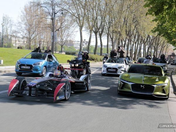 La parade DS du ePrix de Paris 2016: une monoplace dans la ville (reportage vidéo)
