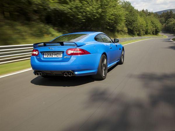 Future Jaguar XK: plus GT que sportive