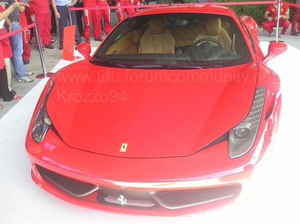 Ferrari 458 Italia : les premières photos en Live