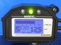 Mod7 6020, un tableau de bord complet pour les motos de route.