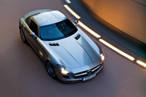 Mercedes SLS AMG : le plein de photos HD