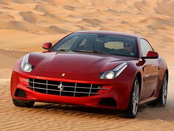 Ferrari FF restylée: rendez-vous en 2016 avec un nouveau moteur V8 turbo d'entrée de gamme