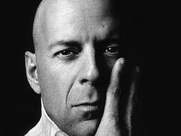 Bruce Willis : un maître-chanteur lui réclame 100 000 dollars et une voiture neuve