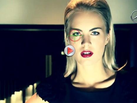 [Vidéo] Elisha Cuthbert pour faire la promo de la Mercedes CLS