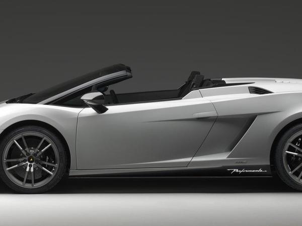 Los Angeles 2010 : Lamborghini Gallardo LP570-4 Spyder Performance, nouvelles photos