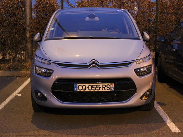 Le nouveau Citroën C4 Picasso se promène à Roissy