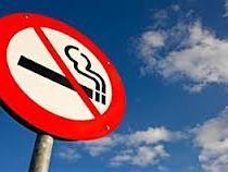 Société: fumer ou conduire, il faudra bientôt choisir