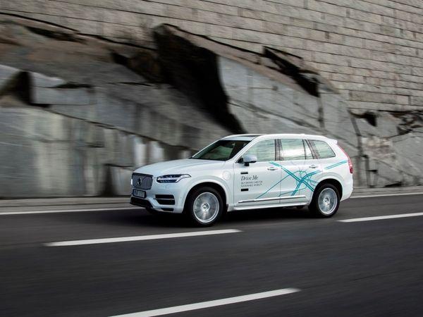 Voiture autonome : Volvo, Ford, Google, Uber... tous y croient !