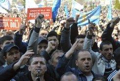 Dacia : la grève est légale. La direction dénonce une décision populiste !