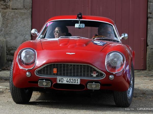 Photos du jour : Aston Martin DB4 GT Zagato (Tour Auto)
